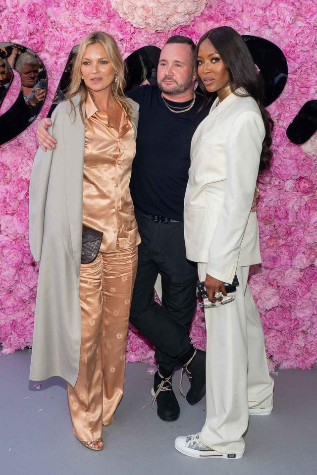 画像1: ケイト・モスが娘と恋人と共に有名デザイナーの誕生日会へ