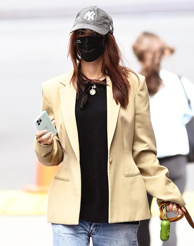 画像4: セレブ人気NO.1のマスクを手がけるのは日系デザイナー