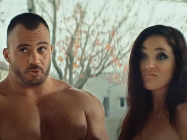 画像: ニュージーランド政府の「ポルノ俳優」が主役の『動画』が大絶賛のワケ - フロントロウ -海外セレブ情報を発信