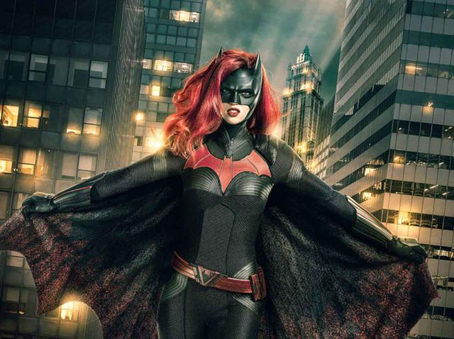 画像1: DCコミックスのドラマ『バットウーマン』