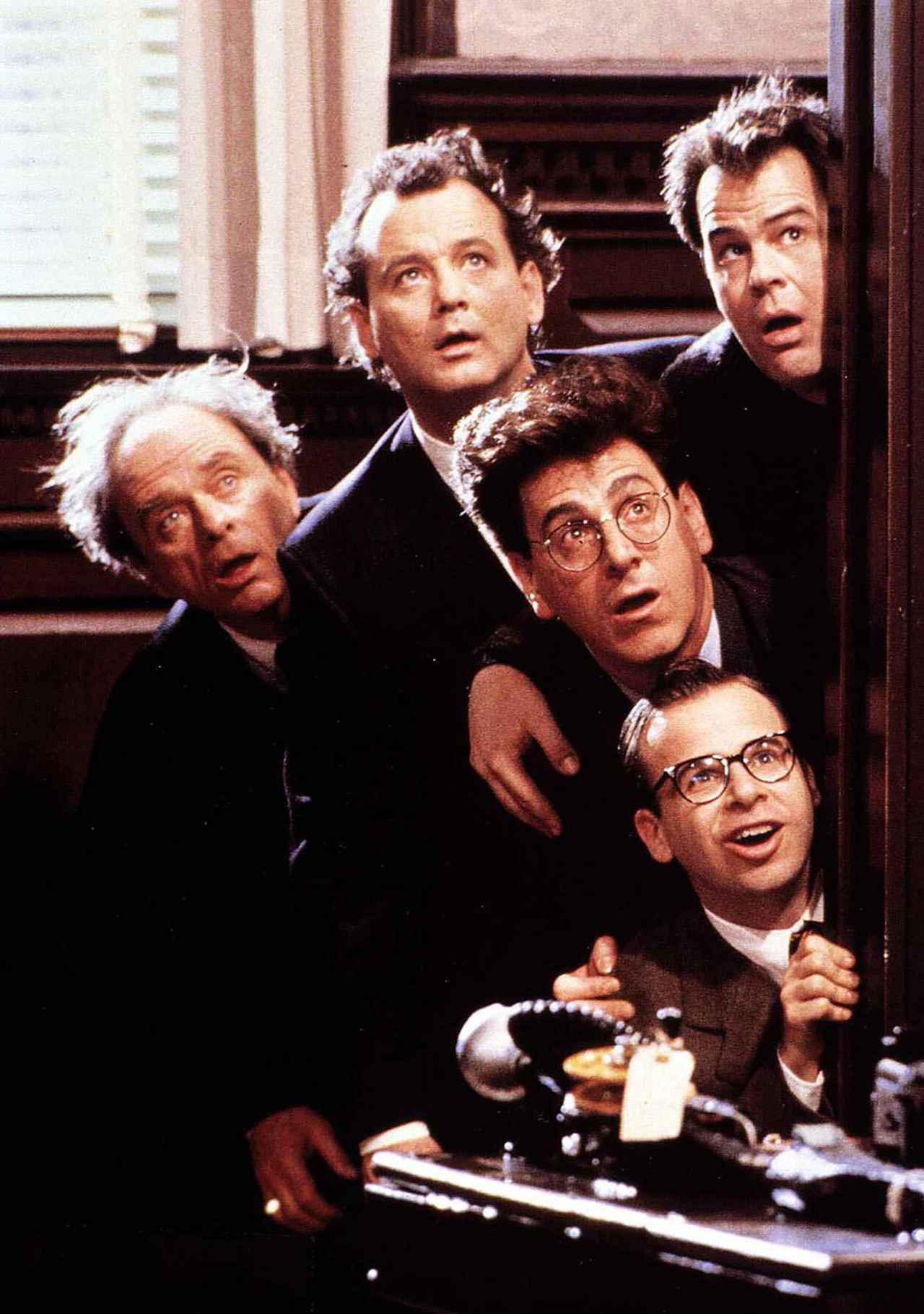 画像: 1989年公開の映画『ゴーストバスターズ2』より。一番下がリック演じるルイス・タリー。
