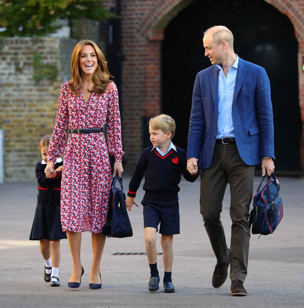画像: 家にいる時のジョージ王子の様子は…?