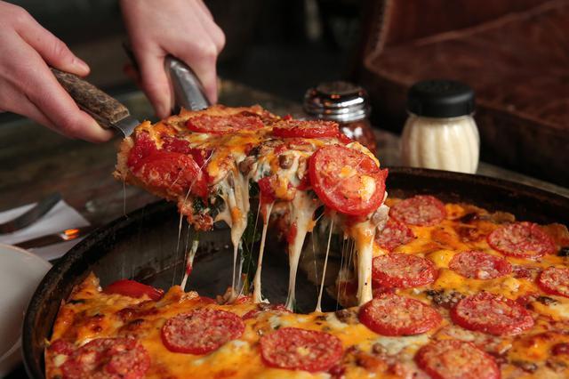 画像: ロウ・マルナティスのピザ。
