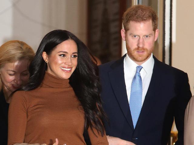 画像: メーガン妃とヘンリー王子にパパラッチ側が謝罪