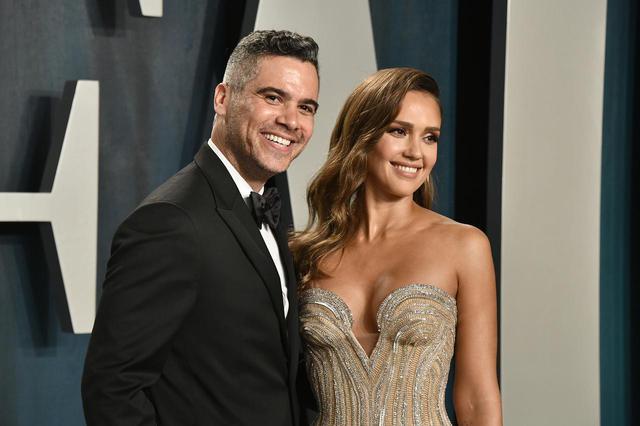 画像: ジェシカと夫のキャッシュ・ウォーレン。