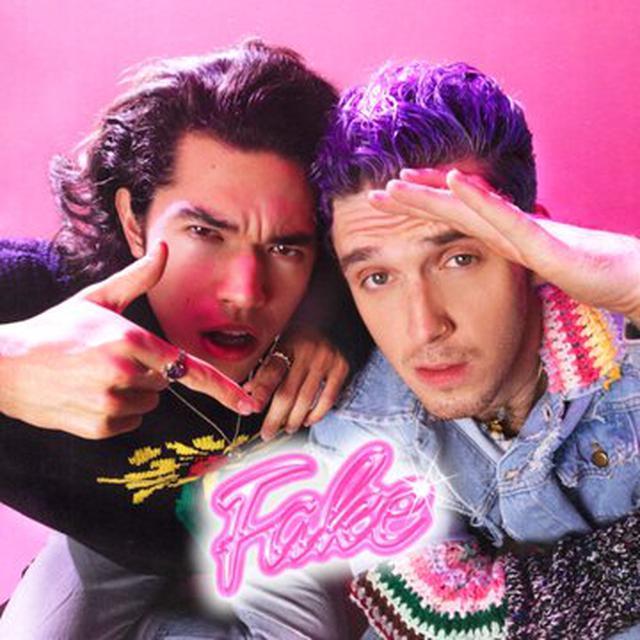 画像: コナン・グレイ&ラウヴが初コラボ!新曲「Fake」をMVと共にリリース