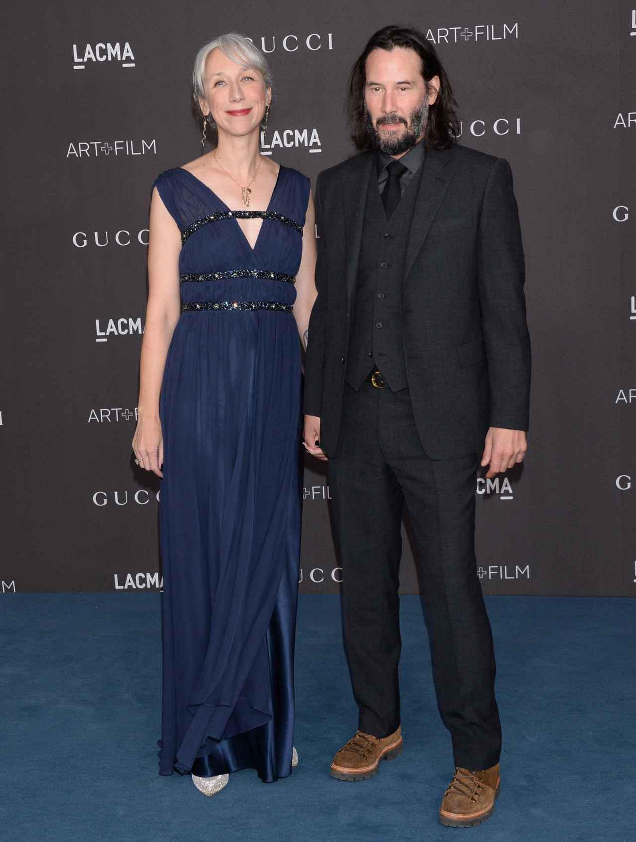 画像: LACMA Art + Film Galaでのキアヌとアレクサンドラ。