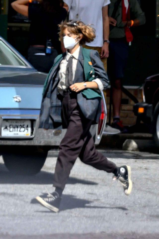 画像2: シーズン4でもロビンのファッションは可愛い