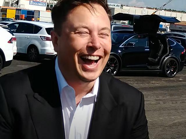 画像: イーロン・マスク、息子の名前「X AE A-XII」を呼んだ記者の発音に爆笑してしまう - フロントロウ -海外セレブ情報を発信