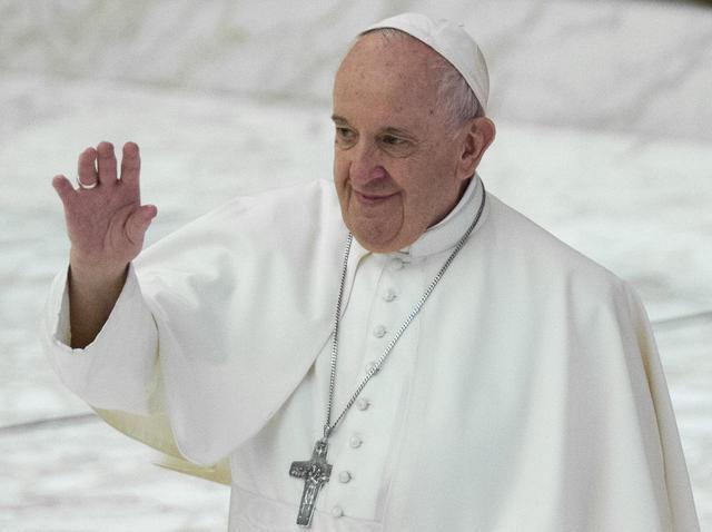 画像: ローマ教皇が同性婚の法整備を呼びかけ「同性愛者の人々にも家族になる権利がある」 - フロントロウ -海外セレブ情報を発信