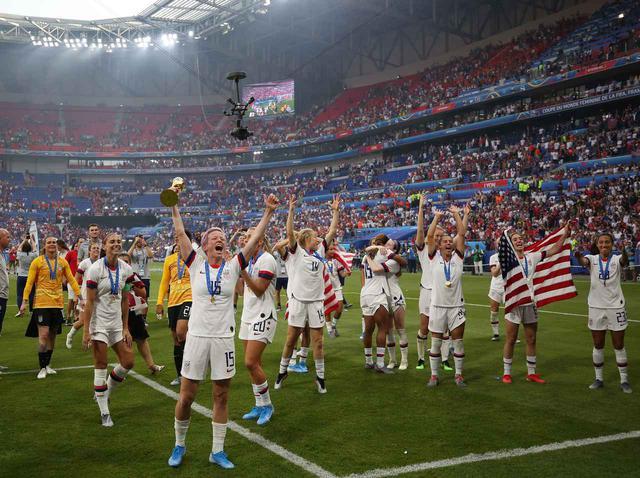 画像: ワールドカップ決勝後のサポーターによる「ある言葉」の大合唱、その胸アツな理由とは? - フロントロウ -海外セレブ情報を発信