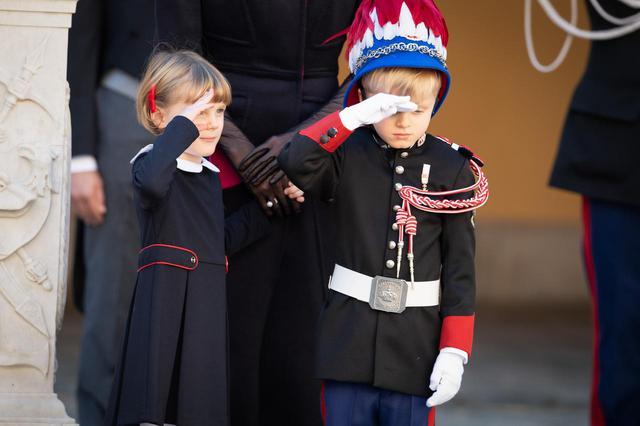 画像5: ジャック公子とガブリエラ公女が式典に参加