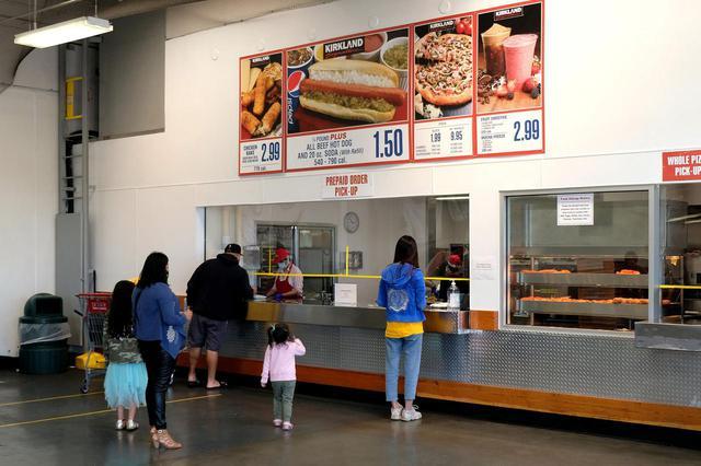 画像: コストコのホットドッグが安すぎるワケ