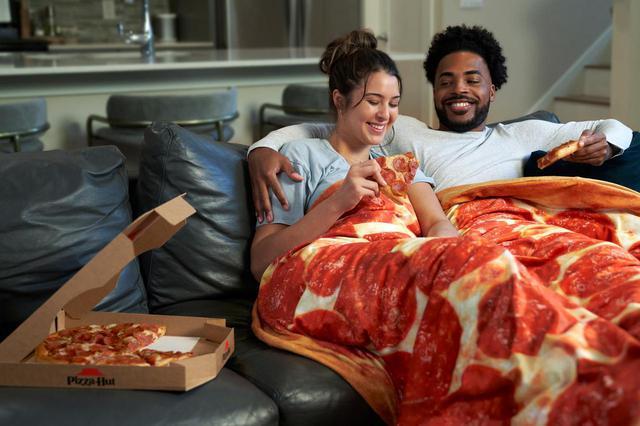 画像2: ピザハットの「ピザじゃないピザ」が即完