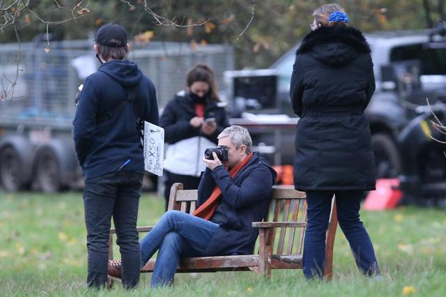 画像2: マーティン・フリーマン自身が手掛けるドラマの撮影
