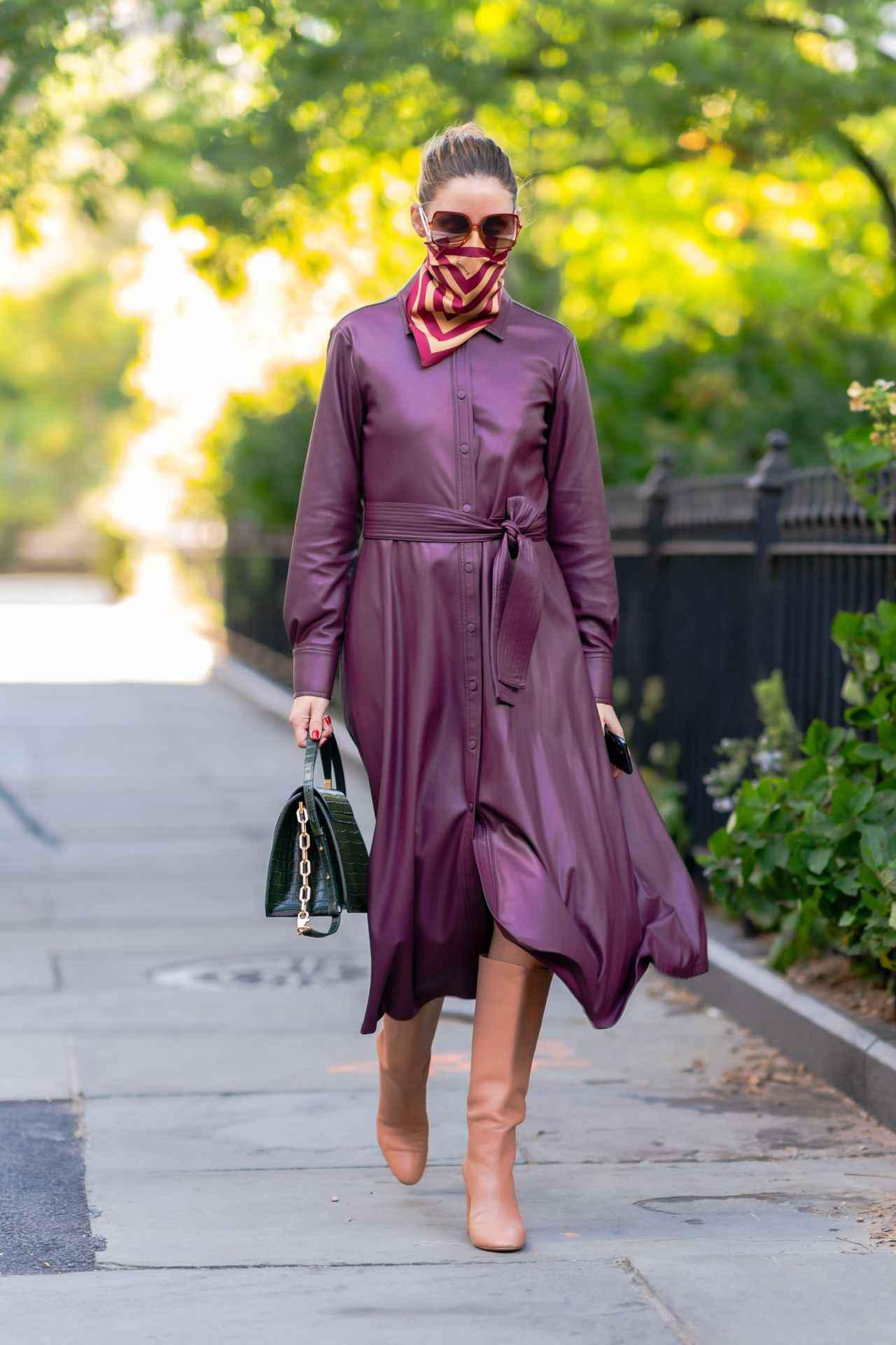 画像: スカーフをマスクに!冬らしいカラーコーデでまとめて