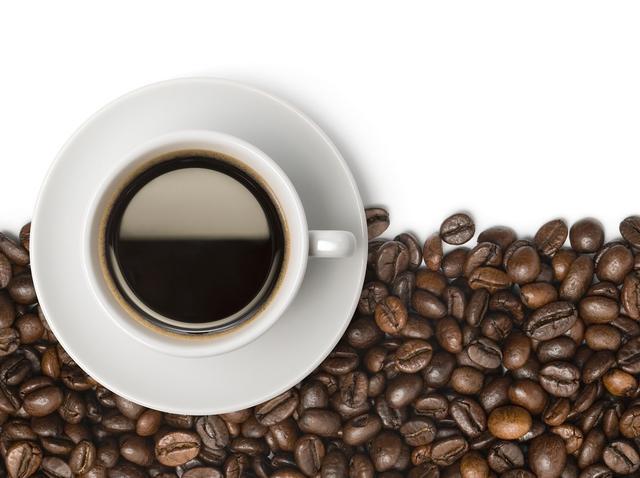 画像: カフェイン入りのシャンプーに注目