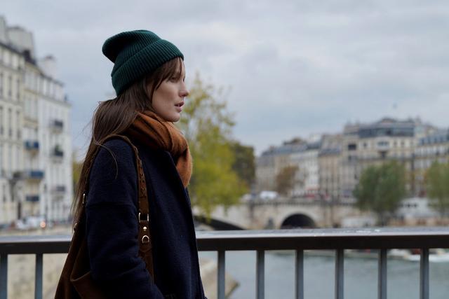 画像2: 都会の30代のラブストーリー『パリのどこかで、あなたと』