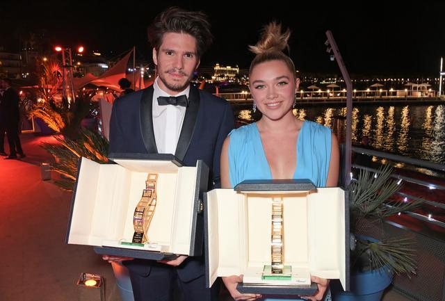 画像: 2019年のカンヌ国際映画では、フローレンス・ピューと並んでショパール・トロフィーを受賞した。