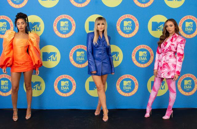 画像: 11月頭に開催されたMTVヨーロッパ・ミュージック・アワード(MTV EMA)にはジェシーの姿はなく、リー・アン(左)、ペリー(中)、ジェイド(右)の3人での出席となった。