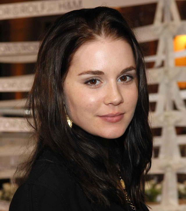 画像: 2006年当時のアリソン・ローマン。