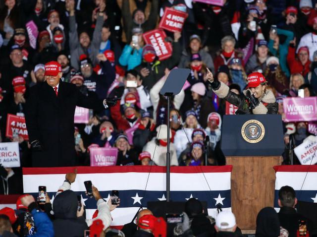 画像: トランプ大統領支持を表明したリル・パンプ、実は投票していなかった - フロントロウ -海外セレブ情報を発信