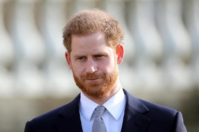画像: ヘンリー王子と英国軍の間にわだかまり?新聞社が謝罪