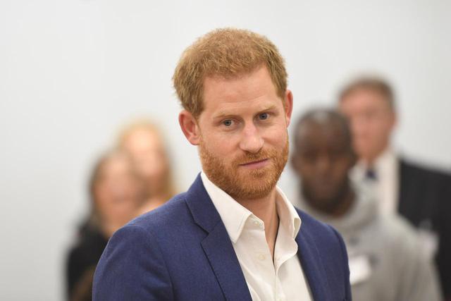 画像: ヘンリー王子の新ヘアスタイルを人気俳優が暴露