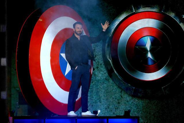画像1: クリス・エヴァンスが再びキャプテン・アメリカを演じるかも?