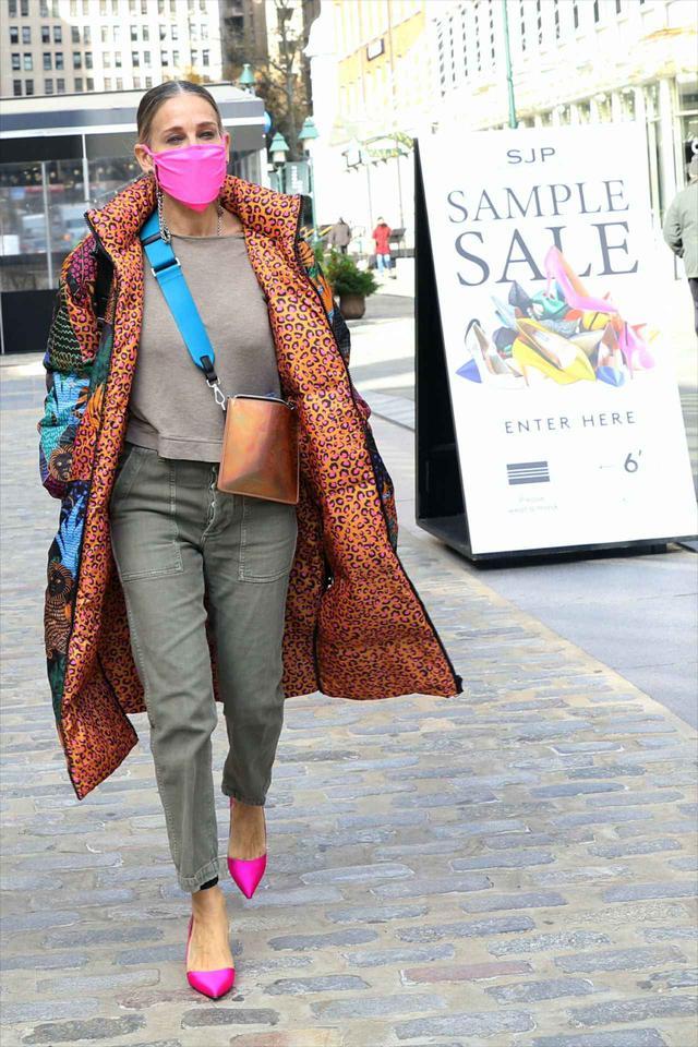 画像2: サラ・ジェシカ・パーカーの最新ストリートファッション