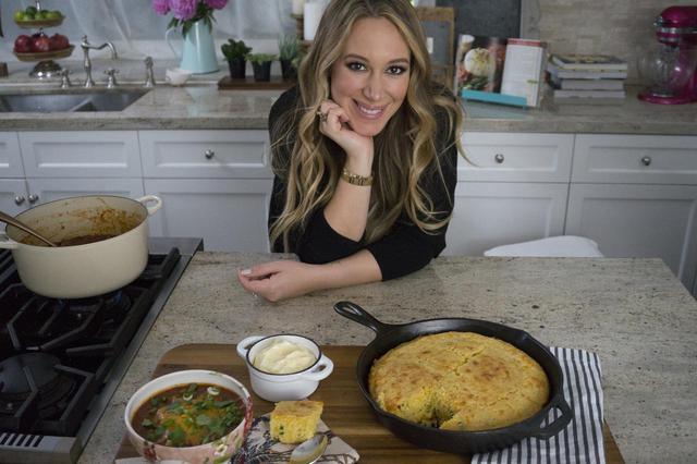 画像: ヘイリー・ダフのおしゃれな料理番組