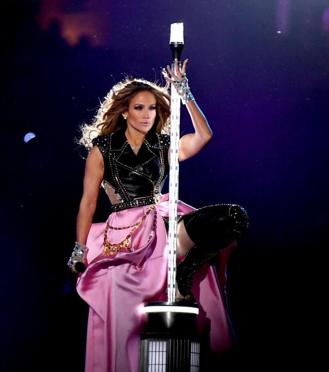画像1: 『J.Lo』が20周年を迎える