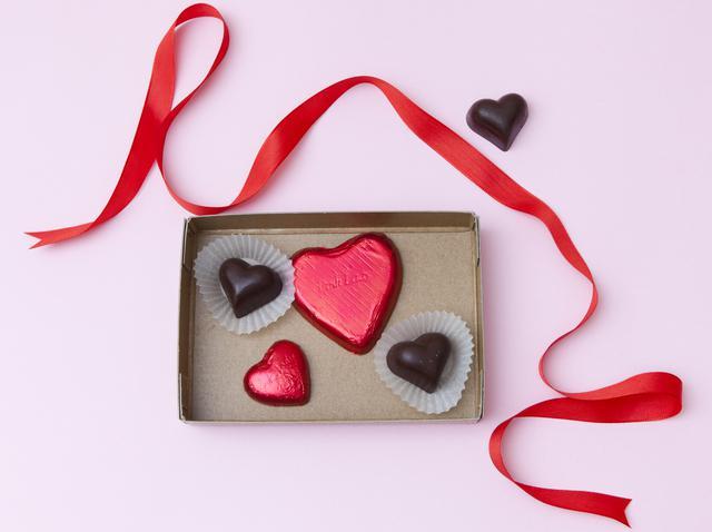 画像: 人気ブランドから登場したバレンタインコスメ