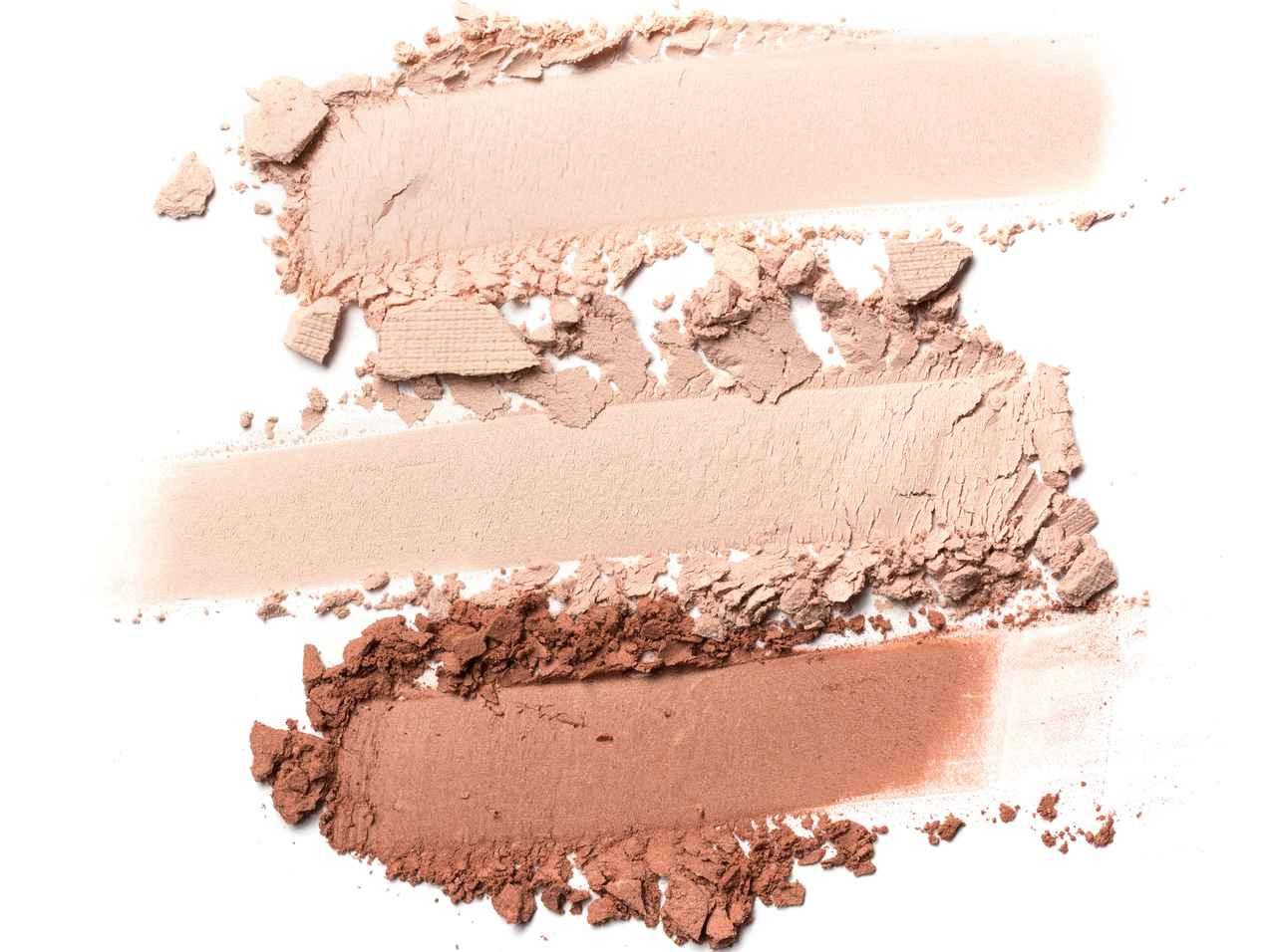 画像: 明るめの肌には、白やベージュ系