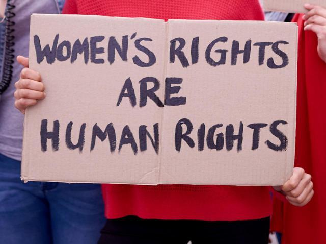 画像: なぜ女性性器切除は行なわれるのか