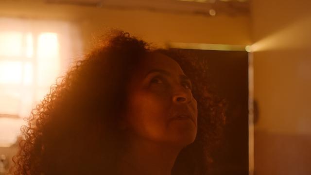 画像: Luciana Souza appears in Unliveable by Matheus Farias and Enock Carvalho, an official selection of the Shorts Program at the 2021 Sundance Film Festival. Courtesy of Sundance Institute | photo by Gustavo Pessoa.