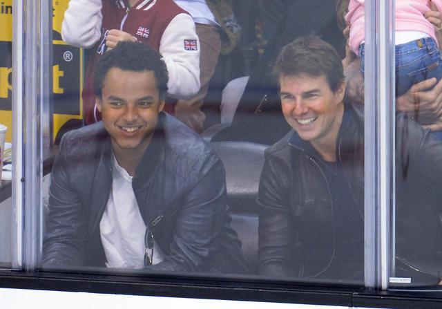 画像: 2013年に撮影されたトム・クルーズとコナー・クルーズのツーショット写真。