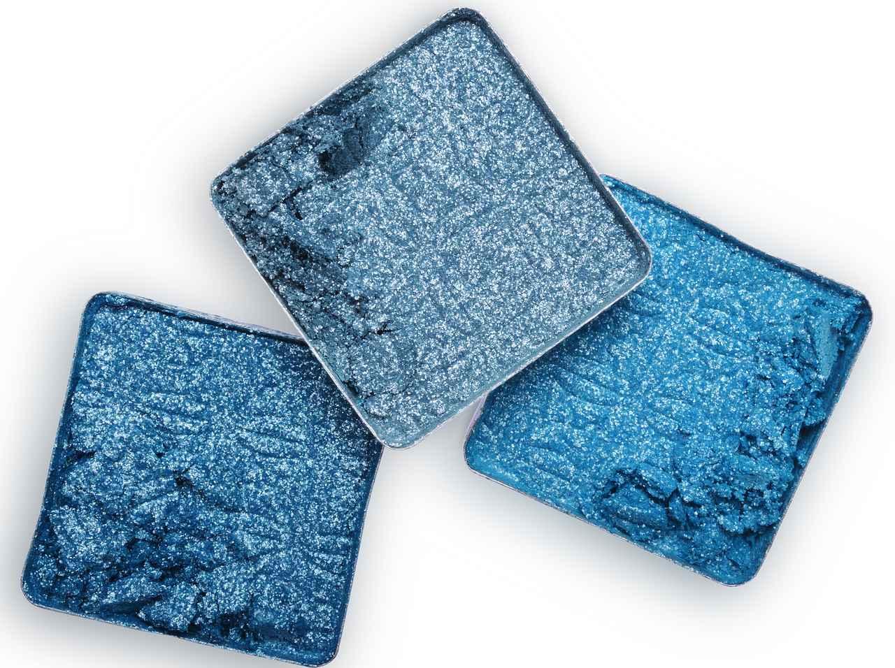 画像: ブルー&パープルのアイシャドウを使いこなすコツ