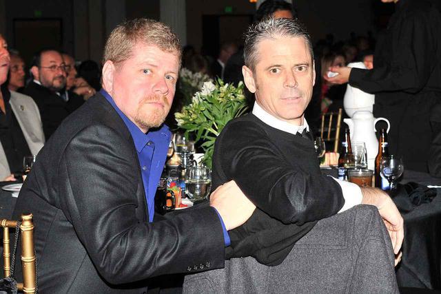 画像: 2011年に撮影されたマイケル・カドリッツとC・トーマス・ハウエル。
