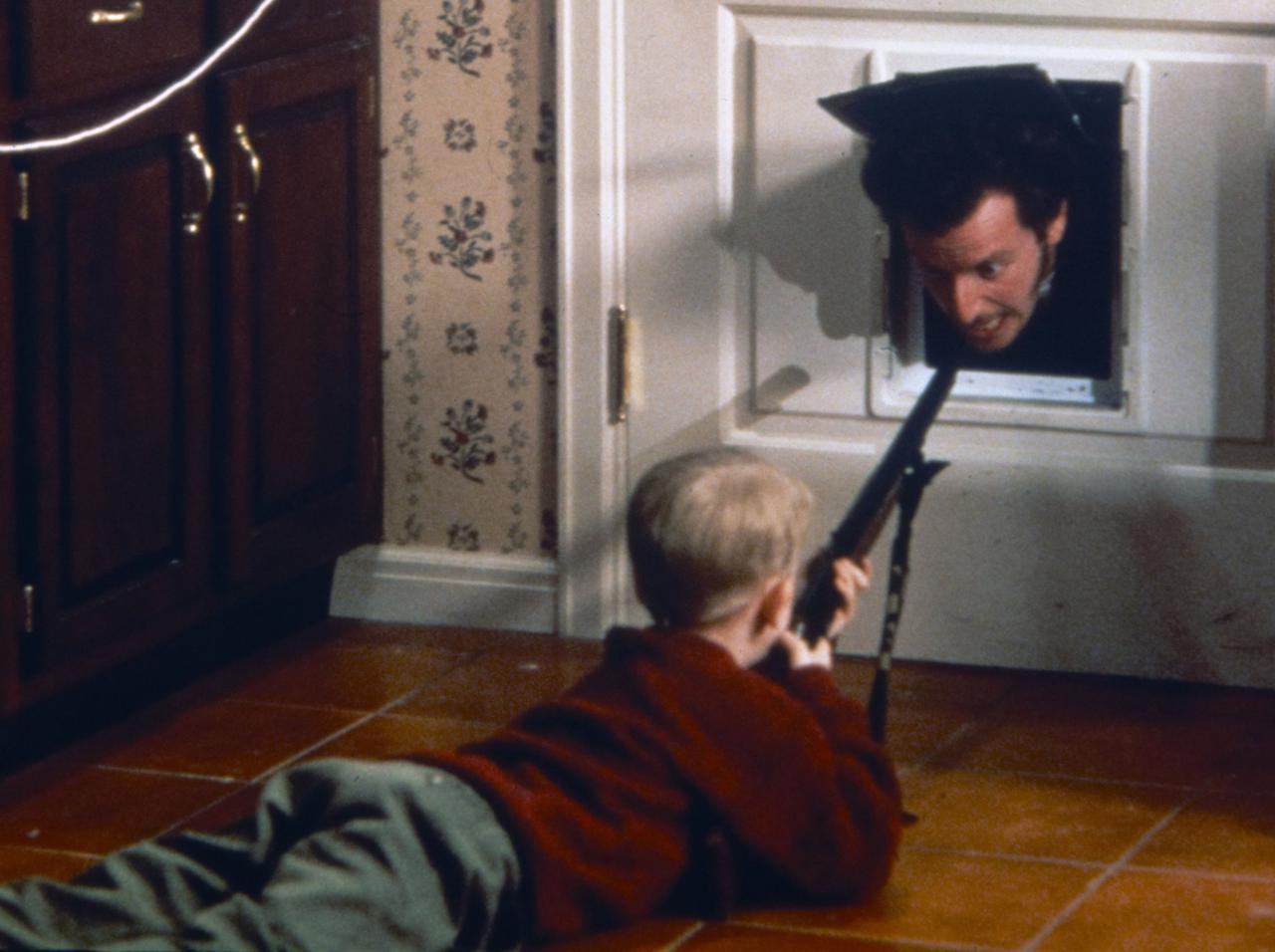 画像: 『ホーム・アローン』は実際に人が住む家で撮影された!住民の「経験」が面白すぎる - フロントロウ -海外セレブ情報を発信