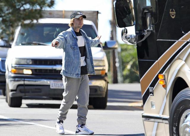 画像3: ジャスティン・ビーバーが駐車係に…?