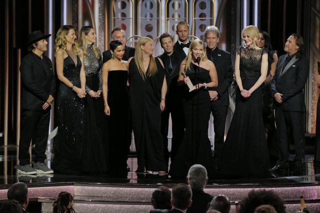 画像: 2018年第75回ゴールデン・グローブ賞に黒の衣服で出席したドラマ『ビッグ・リトル・ライズ』のキャストたち。