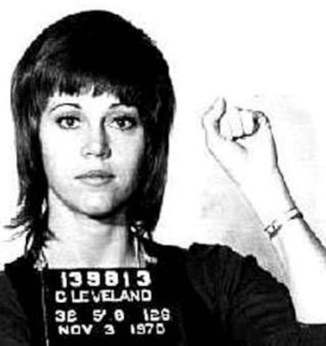 画像: 1970年代にデモ活動をして逮捕された時のマグショット(逮捕写真)。