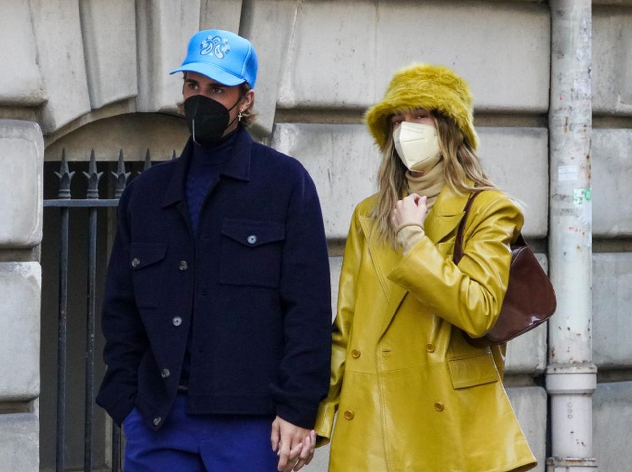 画像: ジャスティン・ビーバー、妻と足元を「ナイキ エアフォース1」でそろえたカップルコーデを披露 - フロントロウ -海外セレブ情報を発信