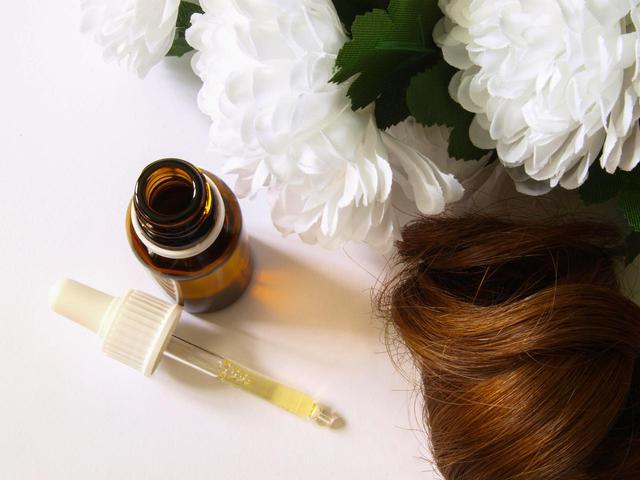 画像: ポイント2.髪のうねりやくせ毛を抑える