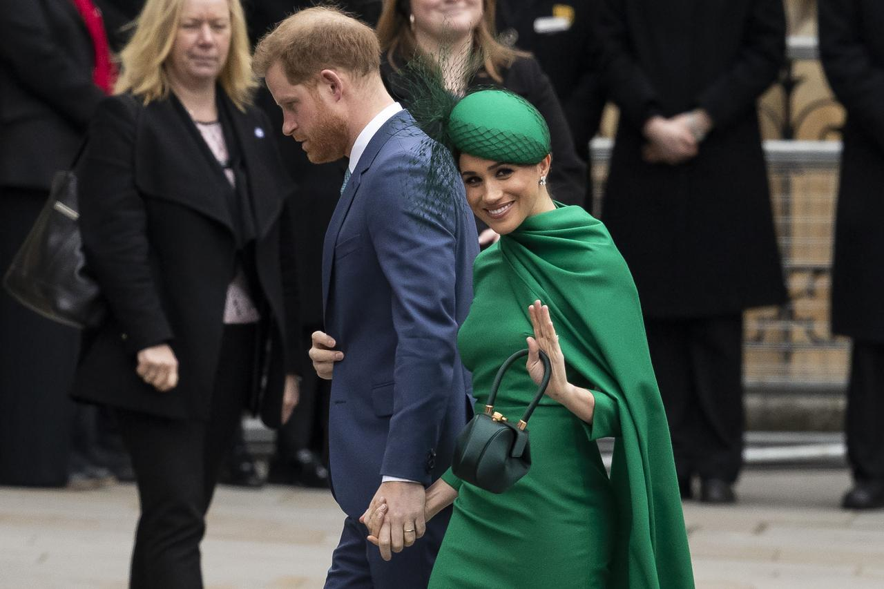 """画像: 英王室がメーガン妃による""""いじめ疑惑""""の調査に乗り出す"""