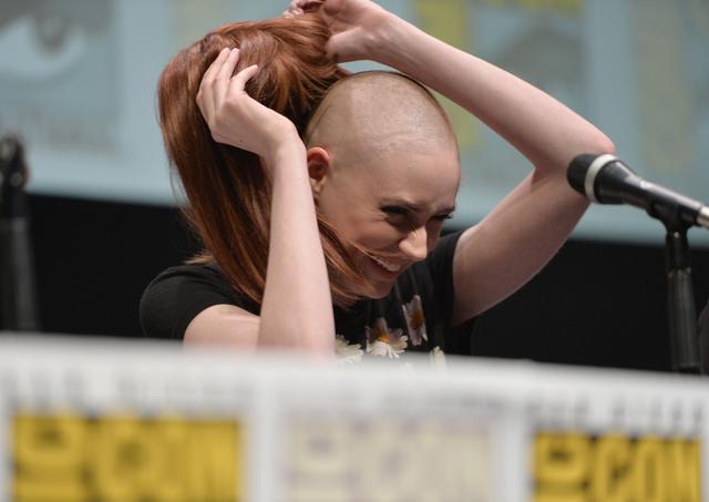 画像2: カレン・ギラン、剃った髪の毛はどうした?