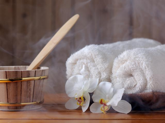 画像: アニャ・テイラー=ジョイが実践する超簡単な毛穴ケア