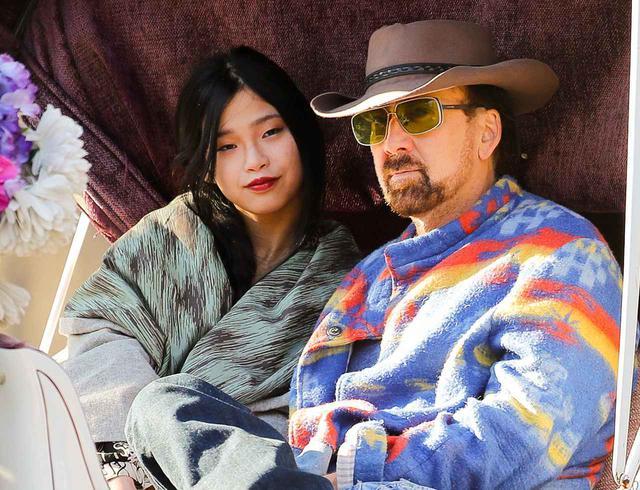 画像: ニコラス・ケイジが31歳下の日本人女性と結婚