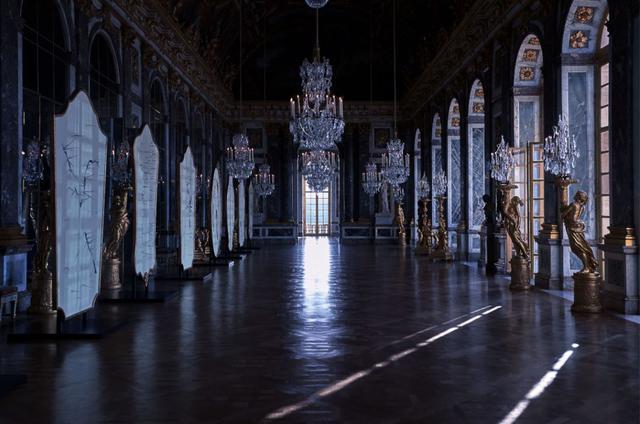画像1: ディオールの最新コレクションはヴェルサイユ宮殿で